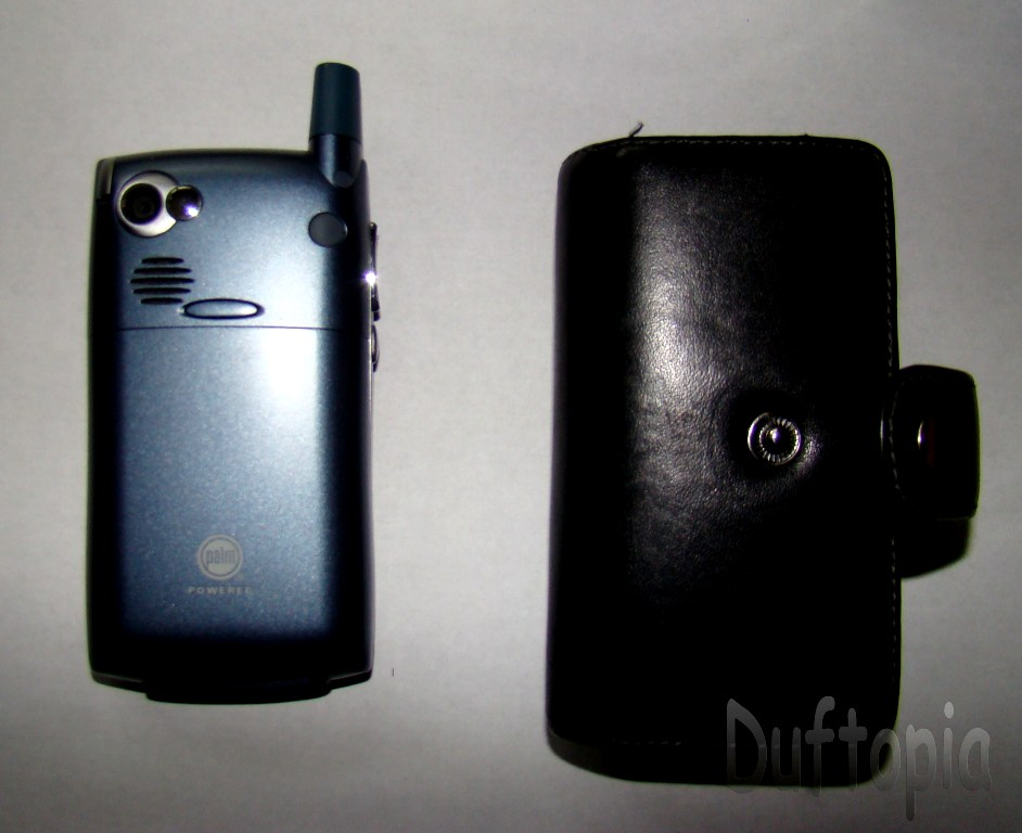 Sprint treo cell phone and case unknown! (2)